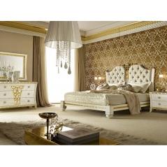 Gotha Gold and Diamonds спальня